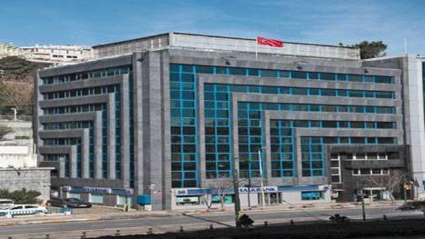 Halk GYO Otele Dönüşen Salıpazarı Binasına İskan Aldı!